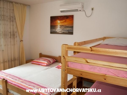 Apartments Josko - Tučepi Croatia