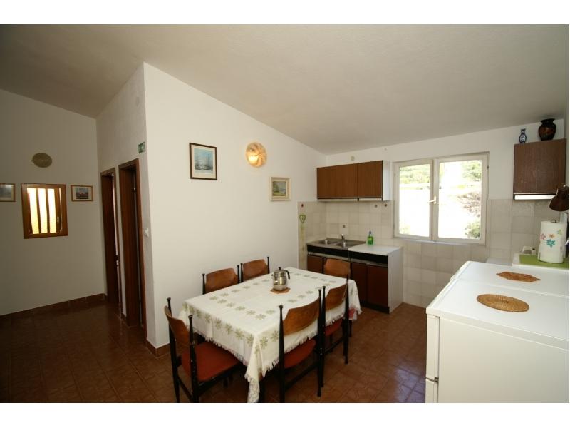 Apartments Kamena 57 - Tu�epi Croatia