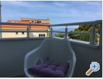 Appartements Ksenija - Tučepi Kroatien