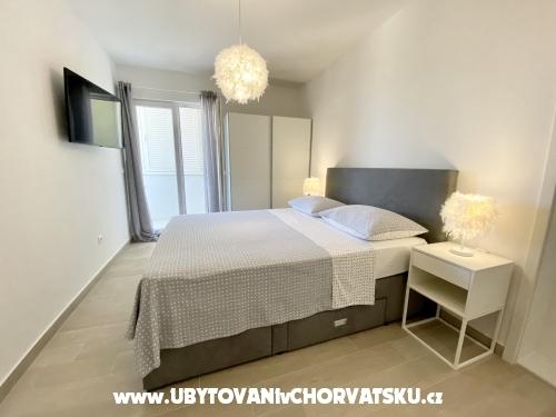 Apartmaji Ksenija - Tučepi Hrvaška