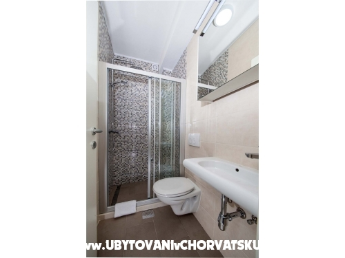 Apartmani Lala - Tučepi Hrvatska