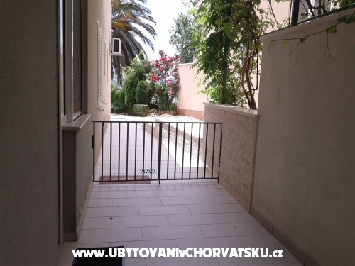 Appartements Ognjen Lalić - Tučepi Kroatien