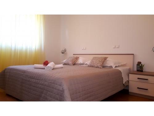 Appartements Mali raj - Tučepi Kroatien