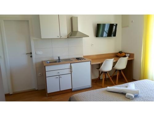 Appartements Mali raj - Tučepi Croatie
