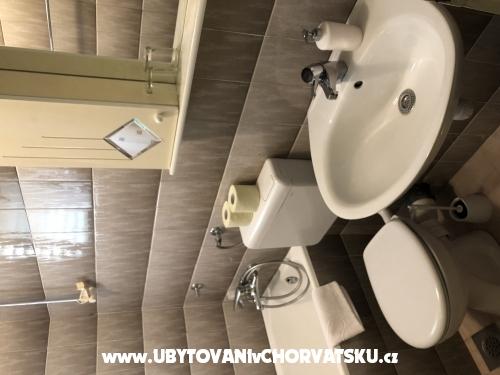 Apartmaji Mihaljević-Olea - Tučepi Hrvaška