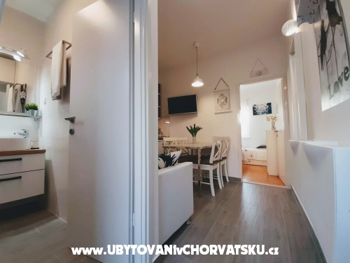 Apartments More & Sunce - Tu�epi Croatia