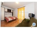 Appartements NEDE - Tučepi Kroatien
