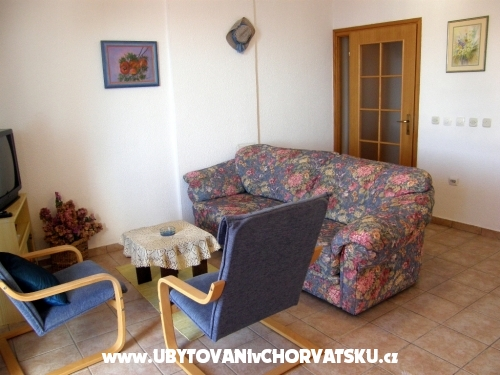 Apartments Olga - Tučepi Croatia