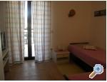 Appartements Olga - Tučepi Kroatien