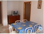Appartements Tri palme - Tučepi Kroatien