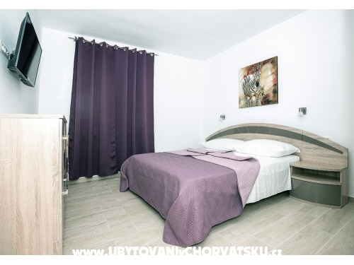 Appartements Villa Astrid - Tučepi Kroatien