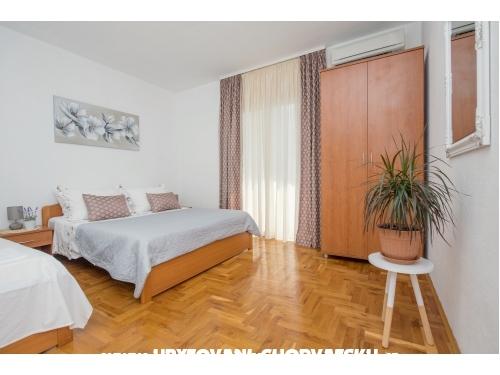 Apartmants Šestić - Tučepi Horvátország