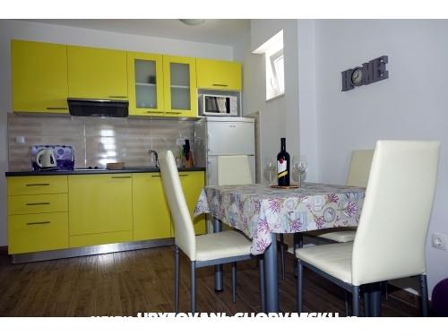 Appartements Nevenka i Josko - Tučepi Kroatien
