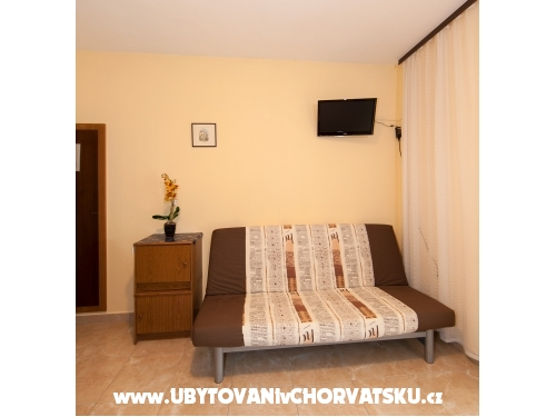 Apartments Ružica - Tučepi Croatia