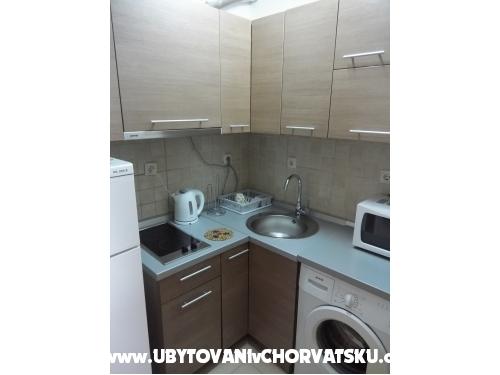 Apartmanok Zovko - Tučepi Horvátország