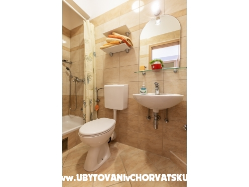 App Dragicevic -Villa Rossa 2 - Tučepi Chorvátsko