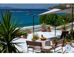 Beachfront Apartment NIVES Kroatien