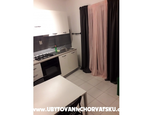 Apartmanok Čović - Tučepi Horvátország