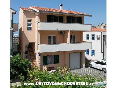 Diva Apartmaji - Tučepi Hrvaška