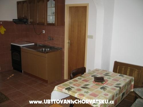 Apartments Ante - ostrov Ugljan Croatia