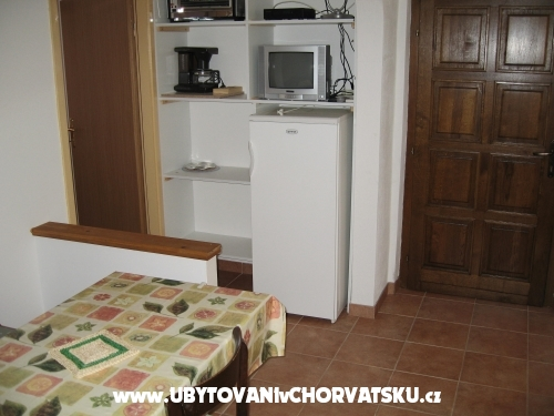 Apartmani Ante - ostrov Ugljan Hrvatska