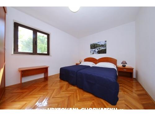 Apartmani Diana **** - ostrov Ugljan Hrvatska