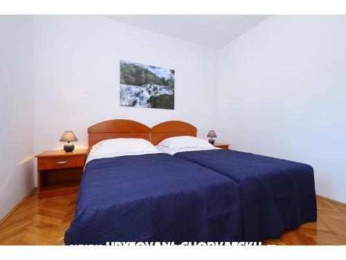 Apartments Diana **** - ostrov Ugljan Croatia