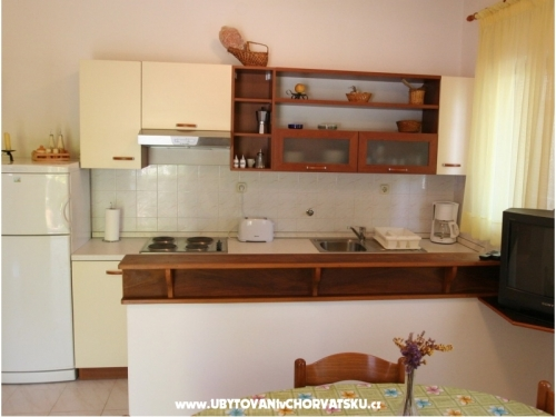 Appartements Rozelyn - ostrov Ugljan Croatie
