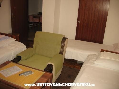 Appartements Tomislav - ostrov Ugljan Kroatien