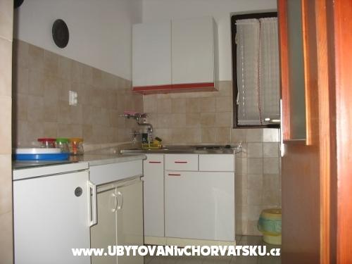 Apartmány Tomislav - ostrov Ugljan Chorvátsko