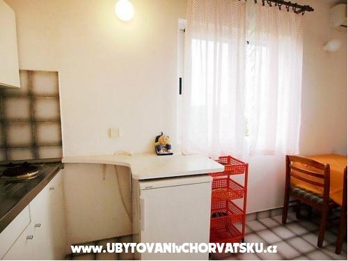 Apartmány  ANA - ostrov Ugljan Chorvátsko