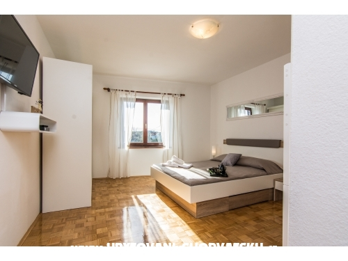 Apartmanok Mirjana - ostrov Ugljan Horv�torsz�g