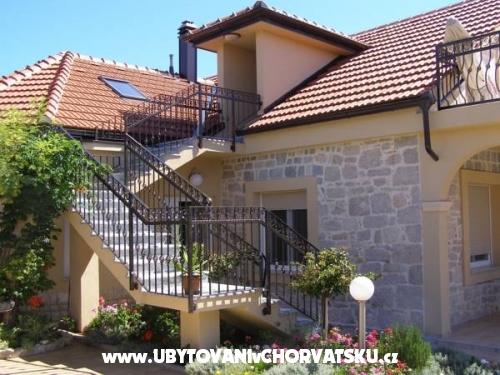 Vila Rosales - ostrov Ugljan Хорватия