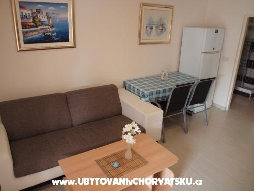 Apartmány Delfin - ostrov Vir Chorvatsko