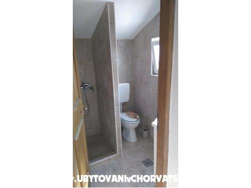 apartman Laura - ostrov Vir Chorvatsko