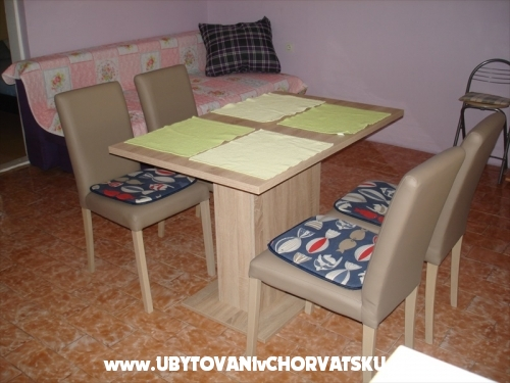 Apartma Marovic - ostrov Vir Hrva�ka