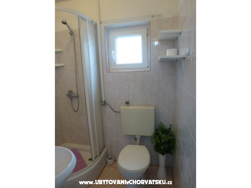 Appartement Zadro - 50m - after 26.8. - ostrov Vir Croatie