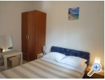 Appartements Zadro - 50m - after 3.9. - ostrov Vir Kroatien