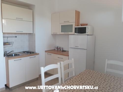 Apartmány Budija / Viola - ostrov Vir Chorvátsko