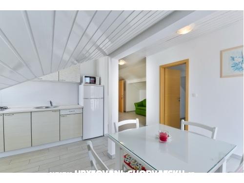 Apartmaji Calla - ostrov Vir Hrvaška
