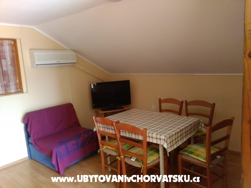 Apartmaji Cestar - ostrov Vir Hrva�ka