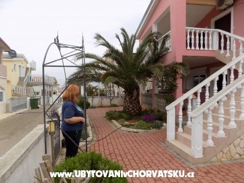 Apartm�ny Karolina - ostrov Vir Chorv�tsko