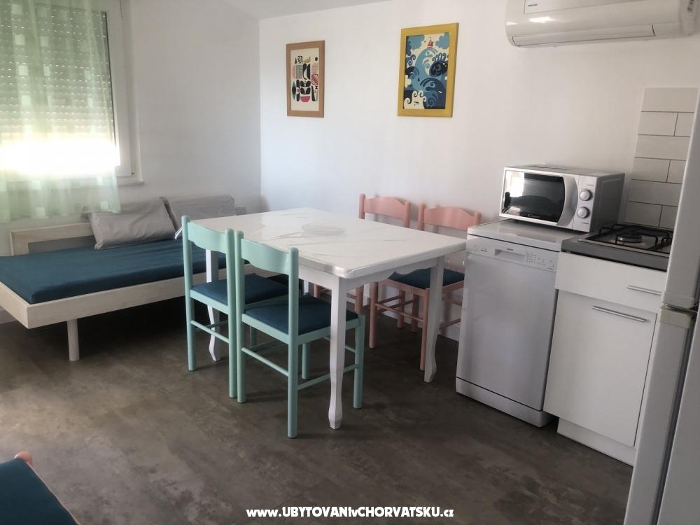 Apartmány Dervić - ostrov Vir Chorvátsko