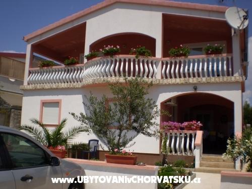 Apartmanok Kantoci - ostrov Vir Horvátország