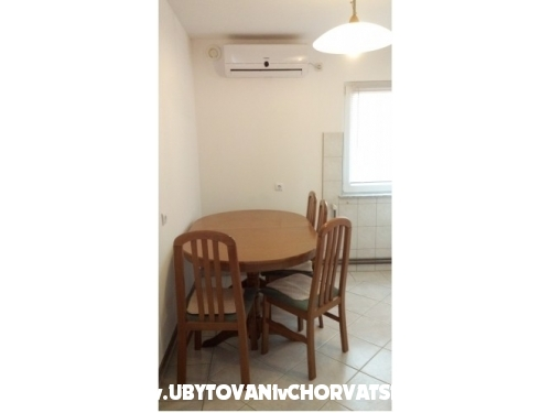 Apartments Kipas - ostrov Vir Croatia