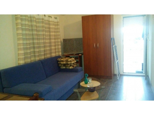 Apartmaji Krznaric - ostrov Vir Hrvaška