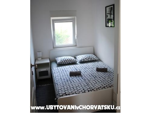 Apartmani Leo - ostrov Vir Hrvatska