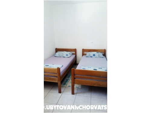 Apartments Leo - ostrov Vir Croatia