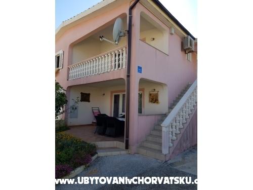 Apartmány Mara - ostrov Vir Chorvatsko