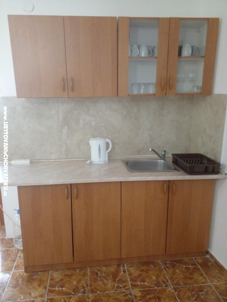 Apartamenty Marjanović - ostrov Vir Chorwacja